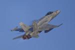 いっち〜@RJFMさんが、新田原基地で撮影したアメリカ海兵隊 F/A-18C Hornetの航空フォト(写真)