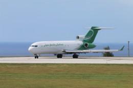 turt@かめちゃんさんが、グアム国際空港で撮影したアジア・パシフィック・エアラインズ 727-223(F)の航空フォト(写真)