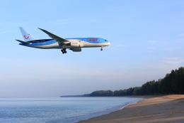 安芸あすかさんが、プーケット国際空港で撮影したトゥイ・エアウェイズ 787-8 Dreamlinerの航空フォト(飛行機 写真・画像)