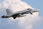 isiさんが、茨城空港で撮影したアメリカ海兵隊 F/A-18C Hornetの航空フォト(写真)