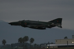 endress voyageさんが、新田原基地で撮影した航空自衛隊 RF-4EJ Phantom IIの航空フォト(飛行機 写真・画像)