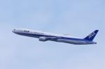 mild lifeさんが、伊丹空港で撮影した全日空 777-381の航空フォト(写真)