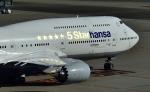 kamerajiijiさんが、羽田空港で撮影したルフトハンザドイツ航空 747-830の航空フォト(写真)