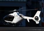 チャーリーマイクさんが、東京ヘリポートで撮影したエクセル航空 EC135T2+の航空フォト(写真)