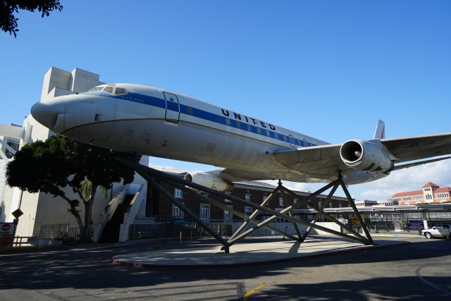 てつさんが、ロサンゼルス国際空港で撮影したユナイテッド航空 DC-8-52の航空フォト(飛行機 写真・画像)