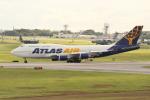 OMAさんが、嘉手納飛行場で撮影したアトラス航空 747-446の航空フォト(飛行機 写真・画像)