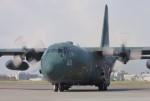 NIさんが、厚木飛行場で撮影した航空自衛隊 C-130H Herculesの航空フォト(写真)