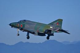 がいなやつさんが、新田原基地で撮影した航空自衛隊 RF-4EJ Phantom IIの航空フォト(飛行機 写真・画像)
