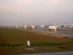 まいけるさんが、ドンムアン空港で撮影したニューゲン・エアウェイズ 737-4Q3の航空フォト(写真)