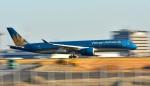 kamerajiijiさんが、羽田空港で撮影したベトナム航空 A350-941XWBの航空フォト(写真)