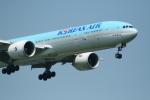 hachiさんが、新千歳空港で撮影した大韓航空 777-3B5/ERの航空フォト(写真)