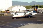 トシさんさんが、ダニエル・K・イノウエ国際空港で撮影したダイナミック・アビエーション・グループ DHC-8-103 Dash 8の航空フォト(写真)