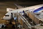 ほわいトさんが、羽田空港で撮影した全日空 777-281/ERの航空フォト(写真)