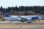 にしやんさんが、成田国際空港で撮影したLOTポーランド航空 787-8 Dreamlinerの航空フォト(写真)