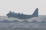木人さんが、嘉手納飛行場で撮影したアメリカ海兵隊 KC-130J Herculesの航空フォト(写真)