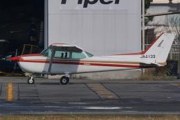 HEATHROWさんが、八尾空港で撮影したエス・ジー・シー佐賀航空 172P Skyhawk IIの航空フォト(飛行機 写真・画像)