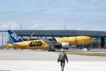 チャッピー・シミズさんが、那覇空港で撮影した全日空 777-281/ERの航空フォト(写真)