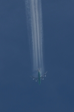木人さんが、那覇空港で撮影したエバー航空 747-45E(SF)の航空フォト(写真)