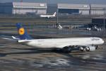SATOSHI_THINさんが、羽田空港で撮影したルフトハンザドイツ航空 A340-642の航空フォト(写真)