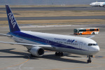 神宮寺ももさんが、羽田空港で撮影した全日空 767-381/ERの航空フォト(写真)