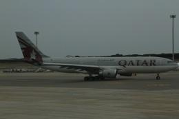 ちゅういちさんが、バルセロナ空港で撮影したカタール航空 A330-202の航空フォト(飛行機 写真・画像)