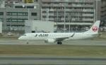 commet7575さんが、福岡空港で撮影したジェイ・エア ERJ-190-100(ERJ-190STD)の航空フォト(写真)