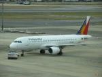 commet7575さんが、福岡空港で撮影したフィリピン航空 A320-214の航空フォト(写真)
