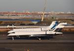チャーリーマイクさんが、羽田空港で撮影したGROSVENOR HOLDINGS LLC BD-700-1A11 Global 5000の航空フォト(写真)