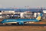 にしやんさんが、羽田空港で撮影したベトナム航空 A350-941XWBの航空フォト(写真)
