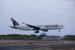ポン太さんが、成田国際空港で撮影したカタール航空 777-2DZ/LRの航空フォト(写真)