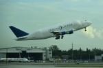 こじゆきさんが、マイアミ国際空港で撮影したボーイング 747-409(LCF) Dreamlifterの航空フォト(写真)