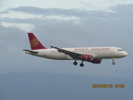 F.YUKIHIDEさんが、関西国際空港で撮影した吉祥航空 A320-214の航空フォト(飛行機 写真・画像)
