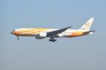 シュウさんが、成田国際空港で撮影したノックスクート 777-212/ERの航空フォト(写真)