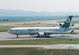 プルシアンブルーさんが、関西国際空港で撮影したエバー航空 MD-11の航空フォト(飛行機 写真・画像)
