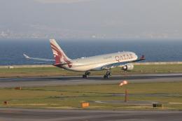 yasunori0624さんが、関西国際空港で撮影したカタール航空 A330-202の航空フォト(飛行機 写真・画像)