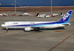 りんたろうさんが、中部国際空港で撮影した全日空 767-381の航空フォト(写真)