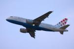 安芸あすかさんが、ロンドン・ヒースロー空港で撮影したクロアチア航空 A319-112の航空フォト(写真)