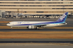 sumihan_2010さんが、羽田空港で撮影した全日空 767-381の航空フォト(写真)