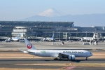 ワーゲンバスさんが、羽田空港で撮影した日本航空 777-246/ERの航空フォト(写真)