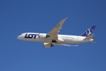 さとちんさんが、成田国際空港で撮影したLOTポーランド航空 787-8 Dreamlinerの航空フォト(写真)