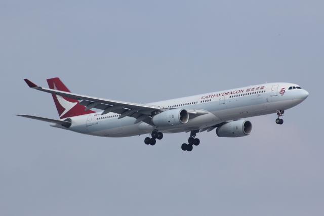 キャセイドラゴン Airbus A330-3...