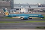 セブンさんが、羽田空港で撮影したベトナム航空 A350-941XWBの航空フォト(飛行機 写真・画像)