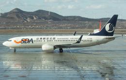 Shotaroさんが、煙台蓬莱国際空港で撮影した山東航空 737-85Nの航空フォト(飛行機 写真・画像)