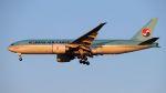 やまちゃんさんが、仁川国際空港で撮影した大韓航空 777-FB5の航空フォト(写真)