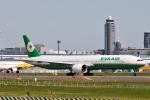 panchiさんが、成田国際空港で撮影したエバー航空 777-35E/ERの航空フォト(飛行機 写真・画像)
