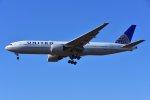 islandsさんが、成田国際空港で撮影したユナイテッド航空 777-222の航空フォト(写真)
