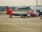 RUNWAY24さんが、ドンムアン空港で撮影したタイ・エアアジア A320-216の航空フォト(写真)