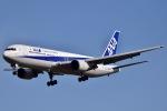眠たいさんが、成田国際空港で撮影した全日空 767-381の航空フォト(写真)