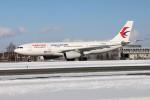 北の熊さんが、新千歳空港で撮影した中国東方航空 A330-243の航空フォト(写真)