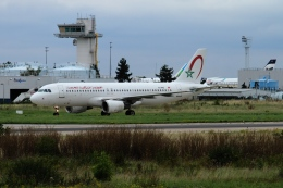 twining07さんが、パリ オルリー空港で撮影したロイヤル・エア・モロッコ A320-214の航空フォト(飛行機 写真・画像)